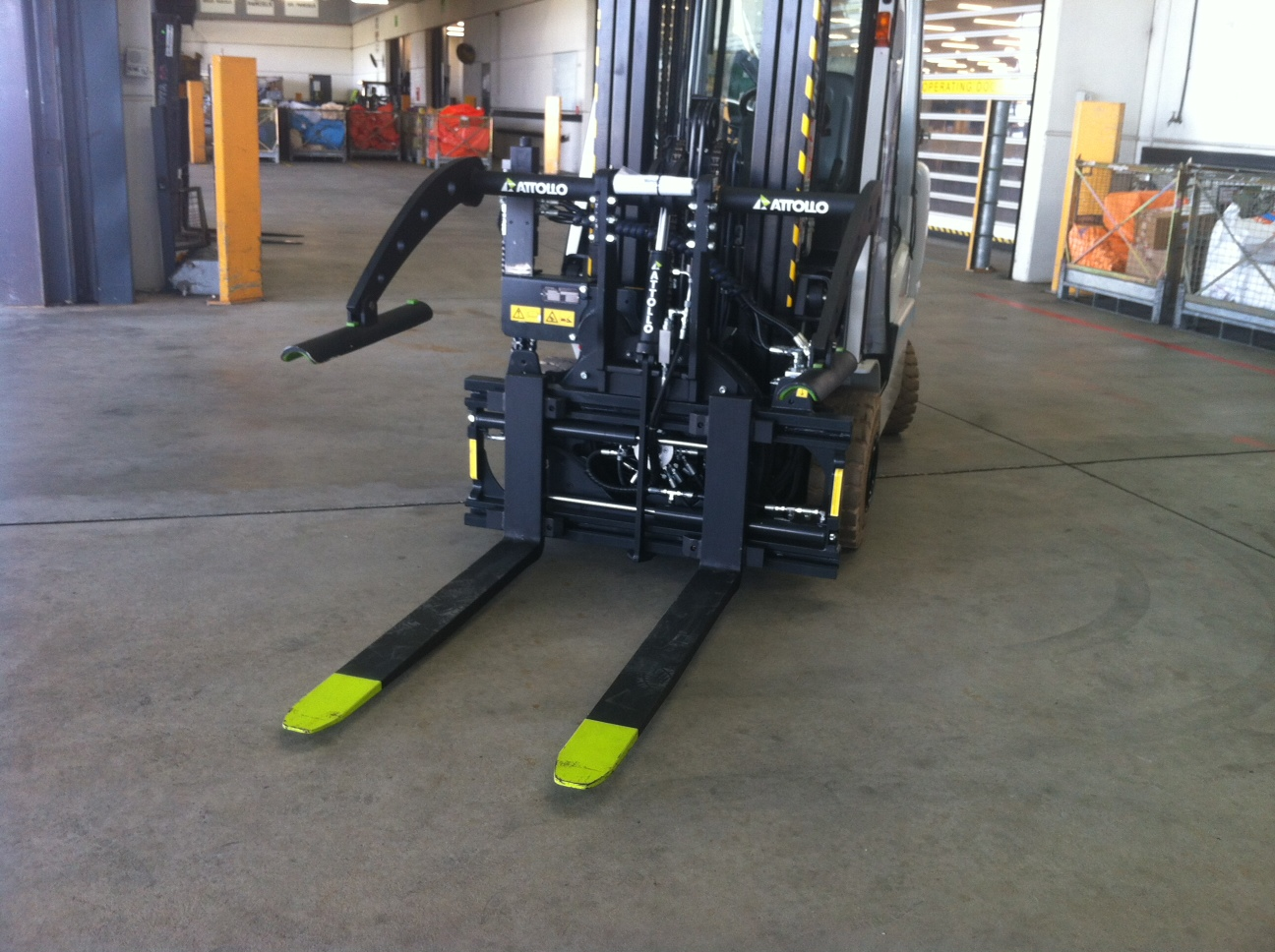Rotator with Forkpositioning and hold down
